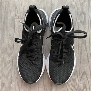 Nike Fly Knit running shoes
